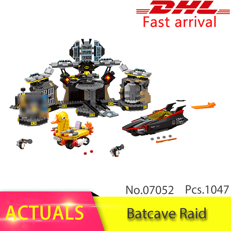 Lepin Batman 07052 1047Pcs Batman Movie Series Batcave Break-in Model Building Blocks Set Bricks Toys For Children 70909 Gift gonlei new 610pcs 10634 batman movie the batmobile building blocks set diy bricks toys gift for children compatible lepin 70905
