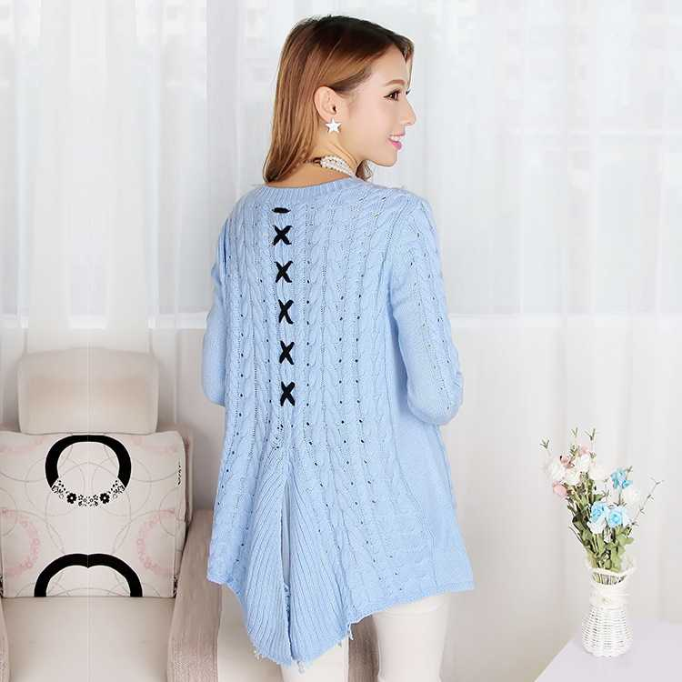 New Arrive ladies powder blue sweaters twist flowers round set ...