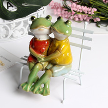 2019 new model decoration ceramic frog princess prince home props accessories sofa