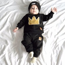 New 2016 The spring and autumn period and the baby suit Crown black cotton embroidery two suits The children's clothes
