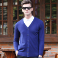 High quality new autumn fashion mens basic solid color deep v-neck knitted sweater cardigan