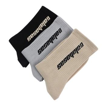 цена на New street brand Harajuku men and women street stockings calabasas tube letter socks street hip hop casual socks