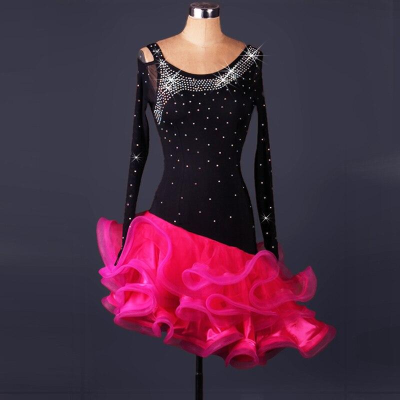 b7dff453ef Novo estilo de dança Latina traje sênior sexy spandex pedras longo mangas  vestidos de dança latina vestido de dança latina para as mulheres S-4XL L017