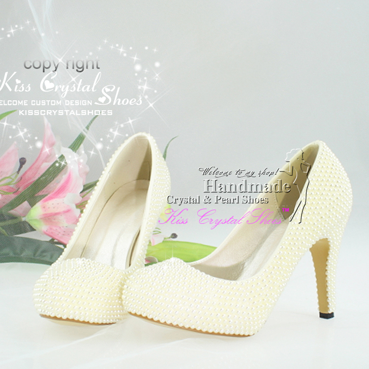 unique bridal shoes Ivory dress shoes cream color medium heel ...
