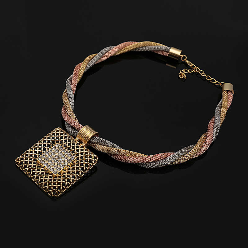 Fani מתנת כלה חתונה ניגרי סט מותג 2018 זהב דובאי תכשיטי חרוזים אפריקאים ערכות תכשיטים צבעוניים סיטונאי נשים לקוחות