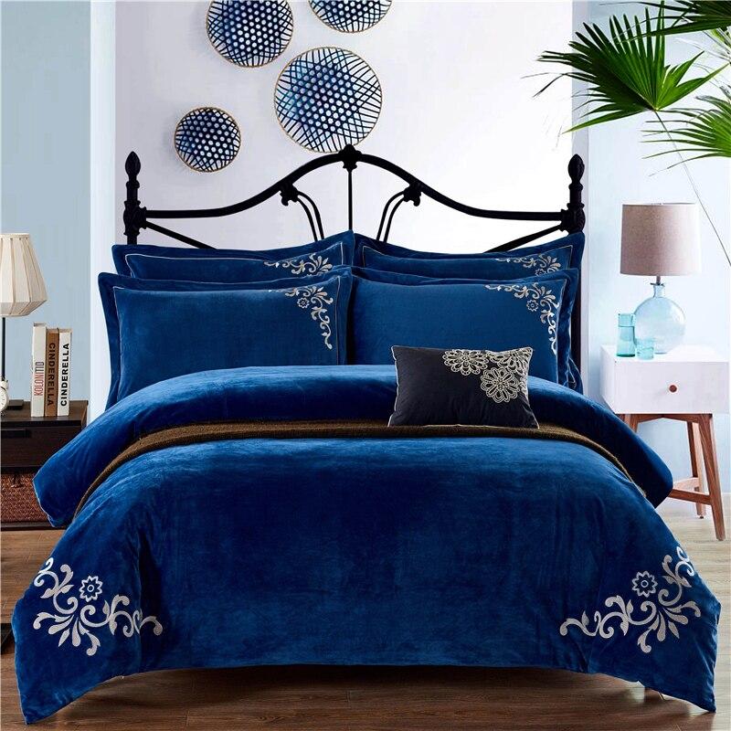 Winter fleece warm soft bedding set Classical embroidery duvet cover set flannel flat sheet 4pcs solid