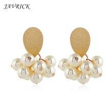 New Wild Ladies Earrings Artificial Pearl Flower Cluster Earring Fashion Women Temperament Ear Hook Jewelry