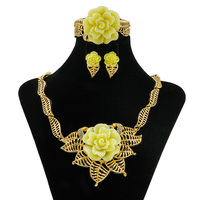 2017 YIWU CZ Retail Creative Kind Women Jewelry Women S Day Gifts Fashion Crystal Yellow Roses