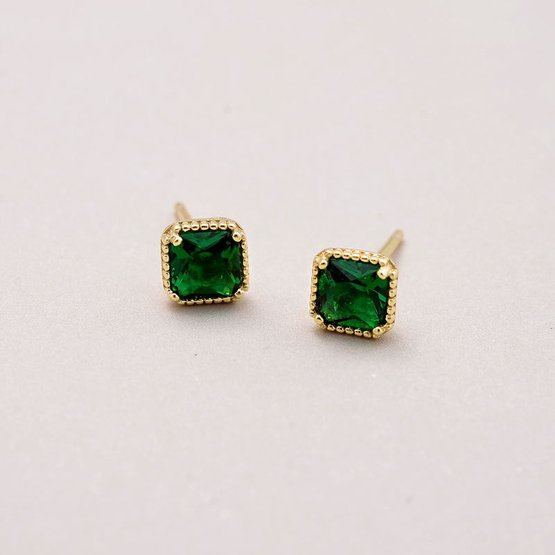Flyleaf 925 Sterling Silver Stud Earrings For Women Emerald Square Simple High Quality Gold Earings Fashion Jewelry Party Gift in Earrings from Jewelry Accessories