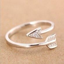 Stříbrný prsten ve tvaru šípu – otevřený styl