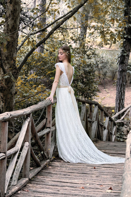 af231a75d863b 2015 Ivory Bohemian Wedding Dress Beautiful Lace Wedding Long Gown Boho Gown  Bridal Gypsy Wedding Dress