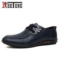 Venta REETENE marca moda hombres zapatos casuales zapatos de cuero PU de alta calidad hombres transpirables planos con zapatos de hombre Zapatos de conducción
