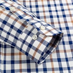 Image 4 - 남성용 발랄한 활력 캐주얼 버튼 다운 체크 무늬 셔츠 싱글 패치 포켓 긴 소매 편안한 스탠다드 피트 코튼 셔츠