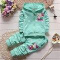2016 primavera/outono conjunto de roupas infantis crianças Dos Desenhos Animados moletom com capuz casaco + calças 2 pcs terno do bebê da menina do algodão conjunto de roupas