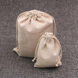 Image 1 - 100 pz/lotto Colore Naturale Sacchetti di Cotone Piccolo Lino Gift Bag Con Coulisse Mussola Sacchetto Braccialetto Gioielli Packaging Borse Sacchetti