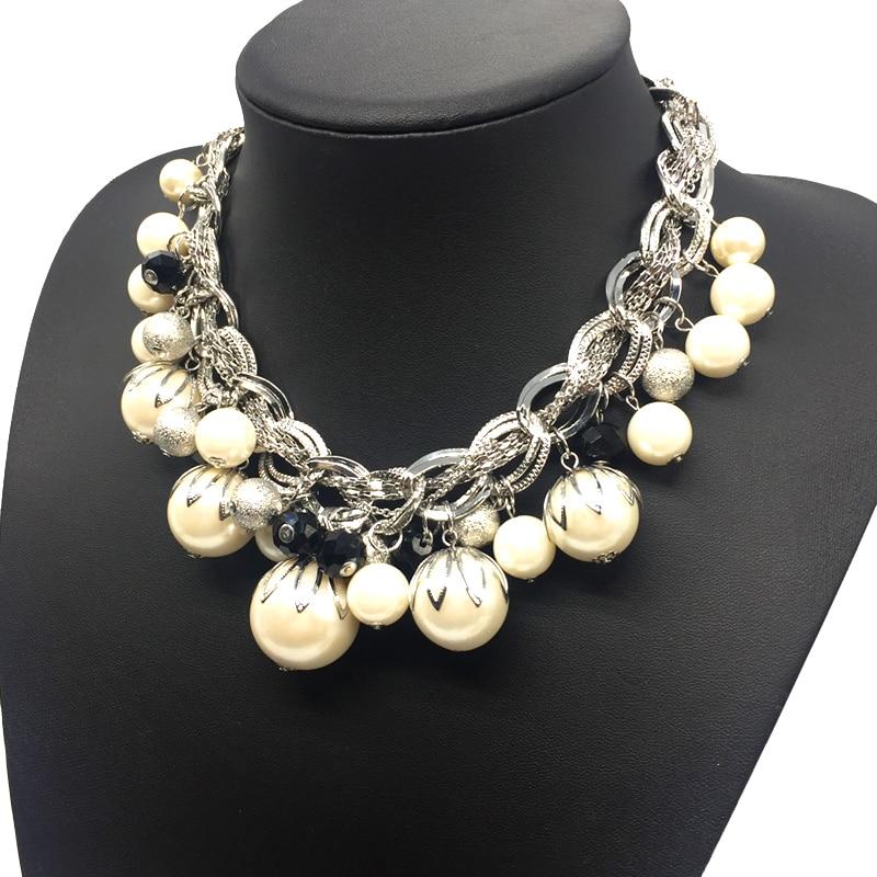 8482121a39ca Color plata del ABS perla grande collar chokers declaración joyería mujeres  collares de perlas Grand Collier de Perles  joyeria en Gargantilla Collares  de ...
