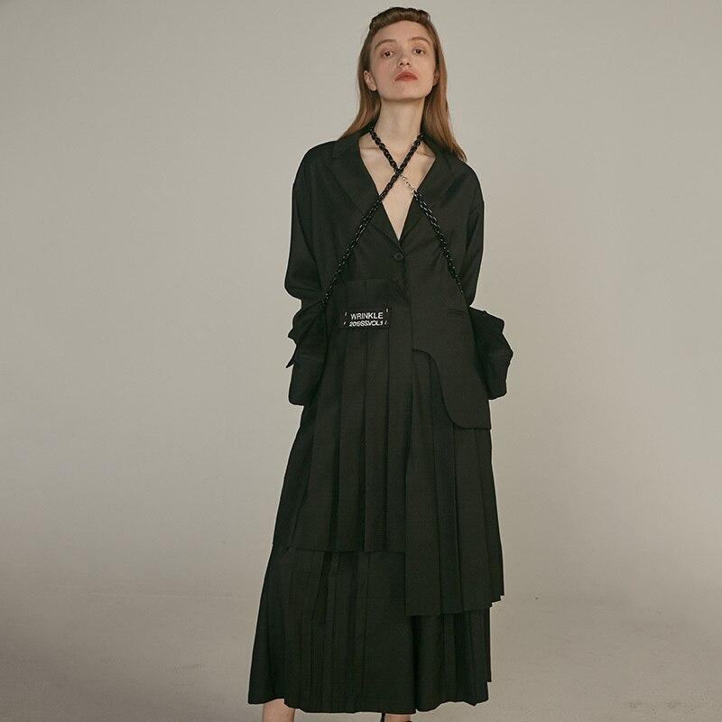 [EAM] 19 New Autumn Winter Lapel Long Sleeve Khaki Irregular Hem Pleated Split Joint Windbreaker Women Trench Fashion JQ483 6