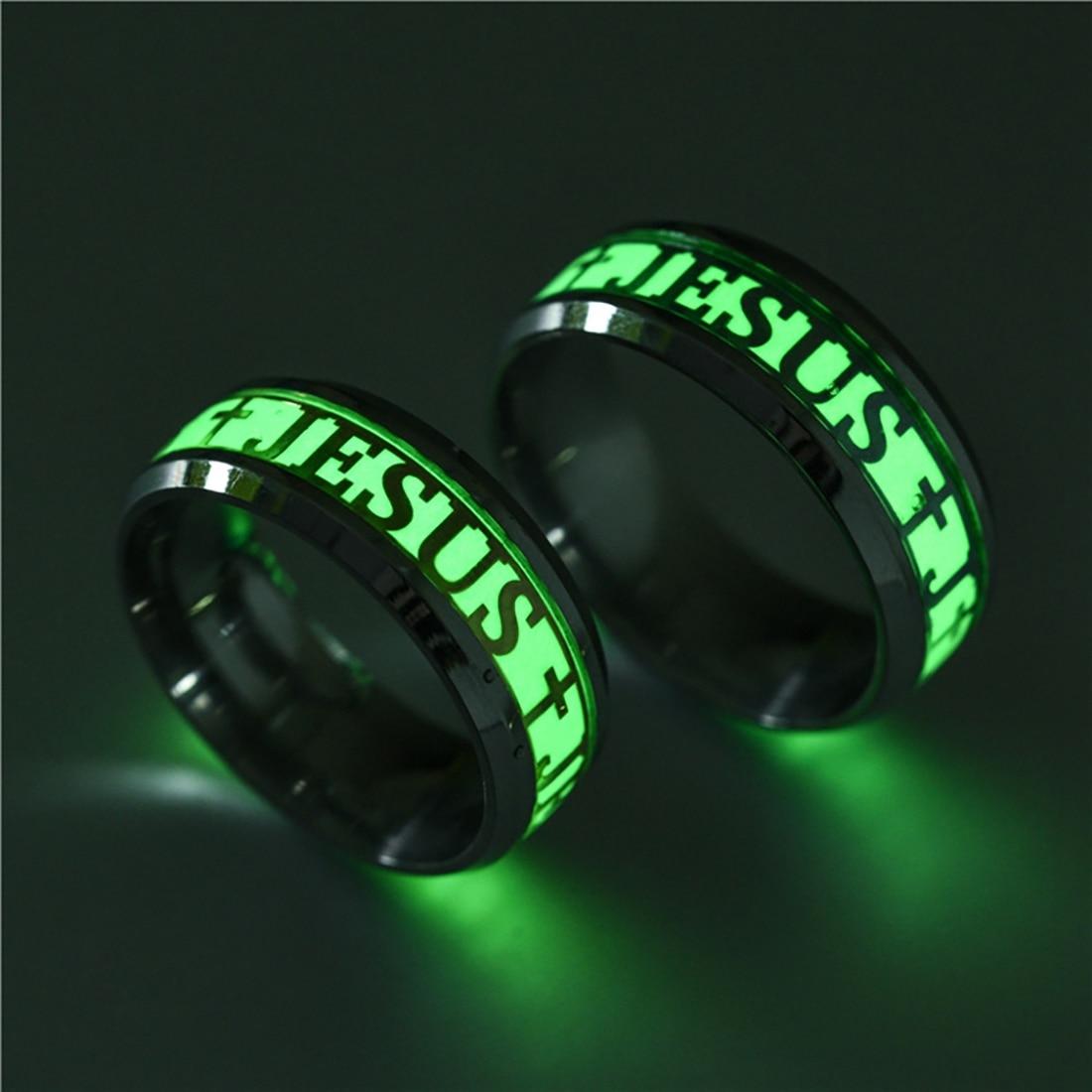 ישו טבעת צלב נירוסטה טבעת זוהר זוהר בחושך טבעת אירוסין תכשיטים לנשים וגברים