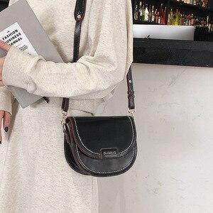 Image 2 - 여성을위한 여성 안장 Crossbody 가방 2020 품질 Pu 가죽 럭셔리 핸드백 디자이너 작은 레이디 슬링 어깨 메신저 가방