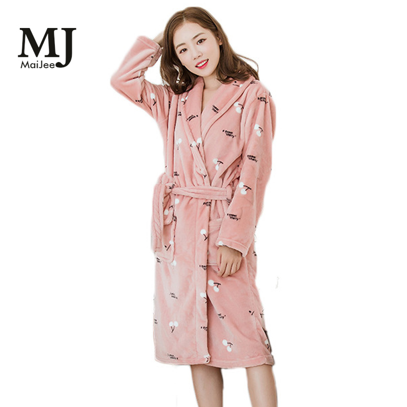 X088 Pajamas Robe Female Thick Female Bathrobe Pink Pineapple Fannel Bathrobe Coral Feece Long Section Flannel Ladies 2019(China)