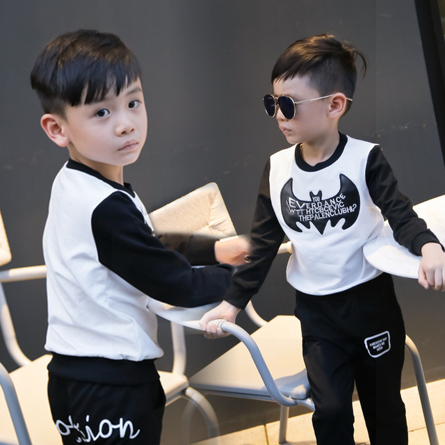 Boys T shirts Long Sleeve Children Sweaters Batman Pattern Baby Boys Girls Unisex Tops 2016 New Fashion Tees baby clothing