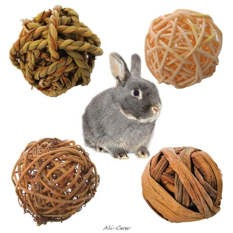 4Pcs Natural Small Animal Activity Chew Toys Rabbits Bird Parrot Play Rattan Balls