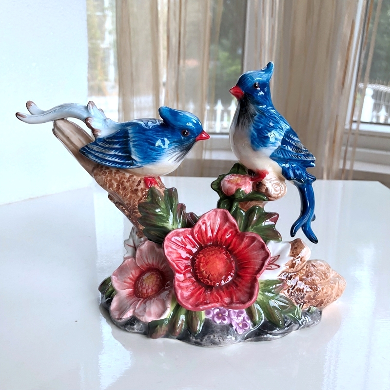 Rustic Porcelain Couple Magpie Figurine Hand Colored Ceramics Lucky Bird Lovers Miniature Decor Gift Craft Ornament Furnishing