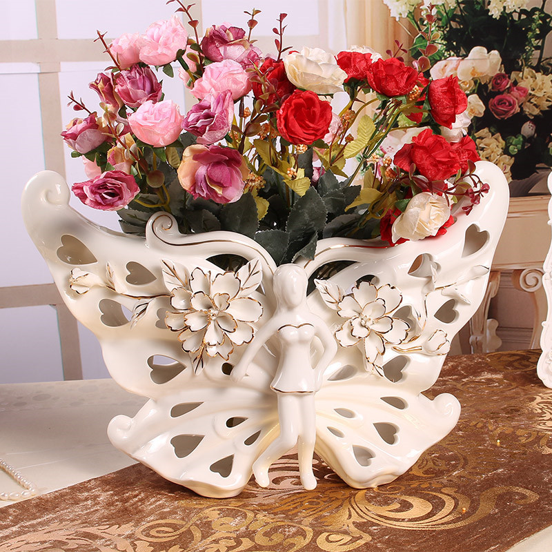 Outline In Gold Beautiful Butterfly Ceramic Vase