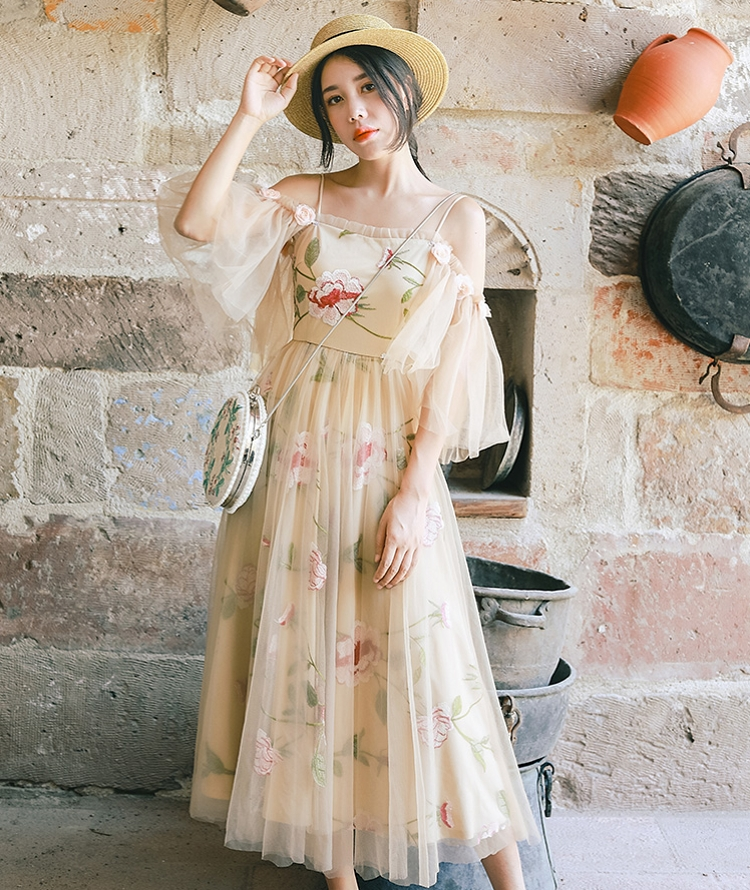 IRINAW230 summer 2018 new arrivals vintage detachable sleeves slash neck off the shoulder flower embroidered tulle dress long