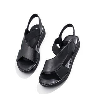 Image 4 - DRKANOL 정품 가죽 샌들 여성 플랫 검투사 샌들 여성 여름 신발 오픈 발가락 샌들에 수제 슬립 여성 블랙