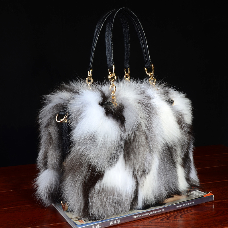 цена Real fox fur Bag totes handbag brand Party Bag women Ladies Hand Bags Luxury Designer Evening Bag Mink Fur real leather