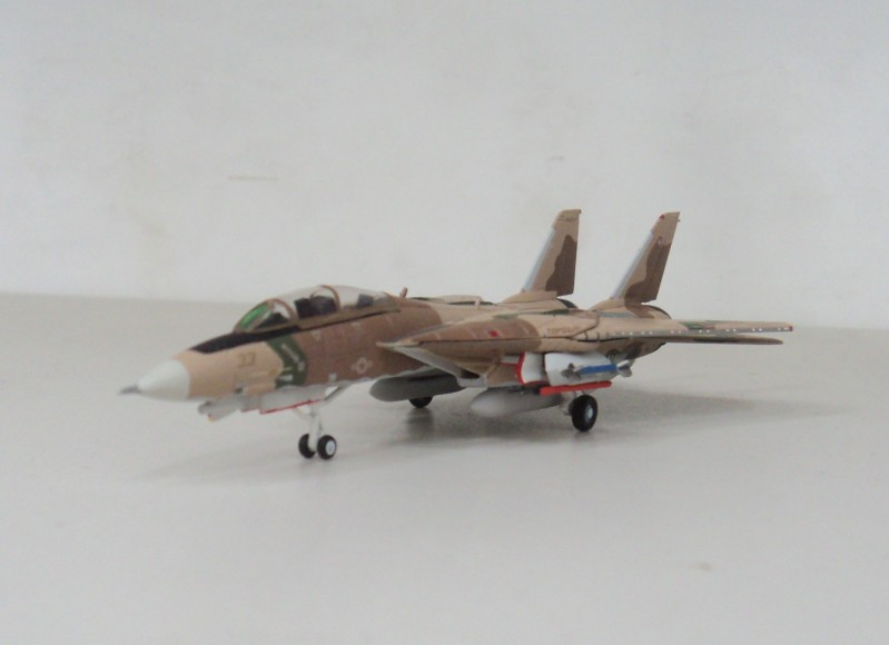 F-14A TOMCAT TOPGUN Hogan 1:200 US 33 naval Fighter Weapons School
