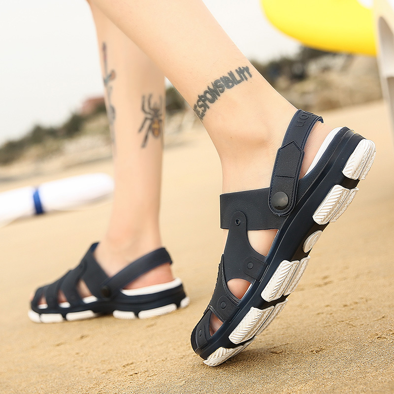 2018 New Summer Mens Jelly Croc Sandals Slipper Lightweight Flip Flop Hollow-out Male Water Beach Shoes Zapatos Mujer for Men