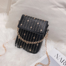 купить Female Crossbody Bags For Women 2019 High Quality Leather Luxury Handbag Designer Sac A Main Ladies Rivet Shoulder Messenger Bag по цене 812.84 рублей