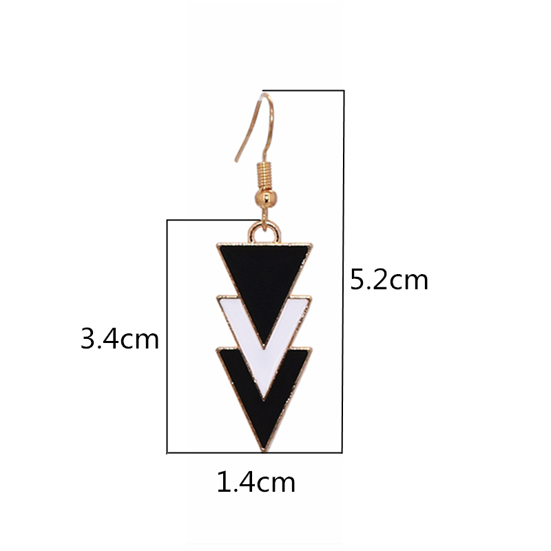 Korea Fashion Geometric Earrings Statement Black White Triangle Dangle Drop Earrings for Women Jewelry Oorbellen Aretes De Mujer 1