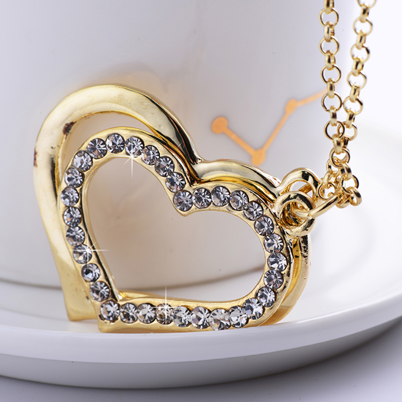 2019 fashion ladies heart shaped necklace retro hot sale gift exquisite gold charm necklace pendant versatile jewelry pendand in Pendant Necklaces from Jewelry Accessories