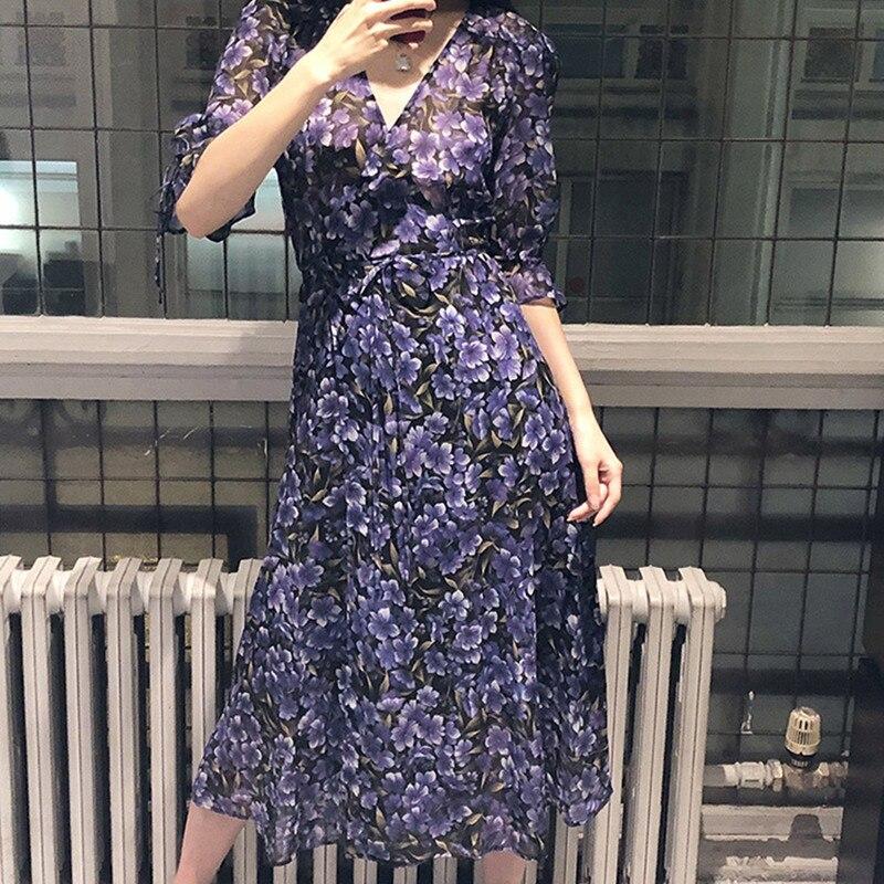 Kadın Giyim'ten Elbiseler'de 2019 Yeni Yaz Kadın Midi Elbise Bayanlar renk eşleştirme baskı uzun elbise V Yaka Kabarcık kollu kemer ile'da  Grup 1