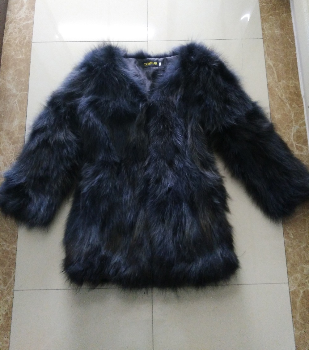 2019 New Arrival V Neck OEM Customize Factory Wholesale Price Real Raccoon Fur Coat Women Outwear Fashion Overcoat SR86