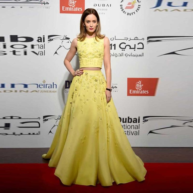 Dos Piezas Modest 2017 Vestidos de Noche Floral Bordado Modest Amarillo claro Lima Dubai Vestidos de Partido de La Celebridad
