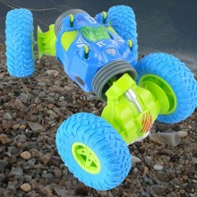 High-Speed Four-Wheel Drive Climbing Twisted Toy Car 2.4G Remote Control Double-Sided Off-Road Vehicle Stunt Car Model Boy Gift four wheel drive off road vehicle simulation model toy car model baby toy car gift