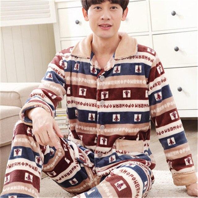 Осень и Зима Новый 2017 Мужская Фланелевую Пижаму Устанавливает Моды Случайные Утолщаются Пижамы Бархат Норки Кашемира Мужские Пижамы