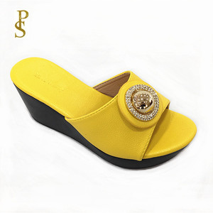 Image 2 - Talon compensé chaussures à semelle en polyuréthane femmes à talons hauts
