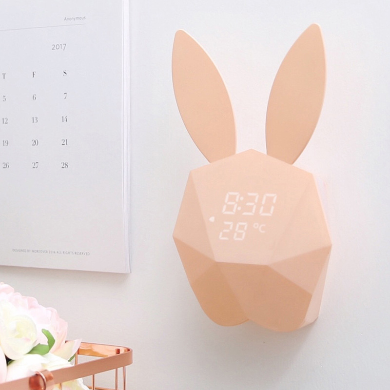 Numérique Thermomètre Intelligent Horloge Aimant Horloge Animal de Bande Dessinée Lapin Voix Control Night Light Support Chargé D'horloge CreativeSnooze