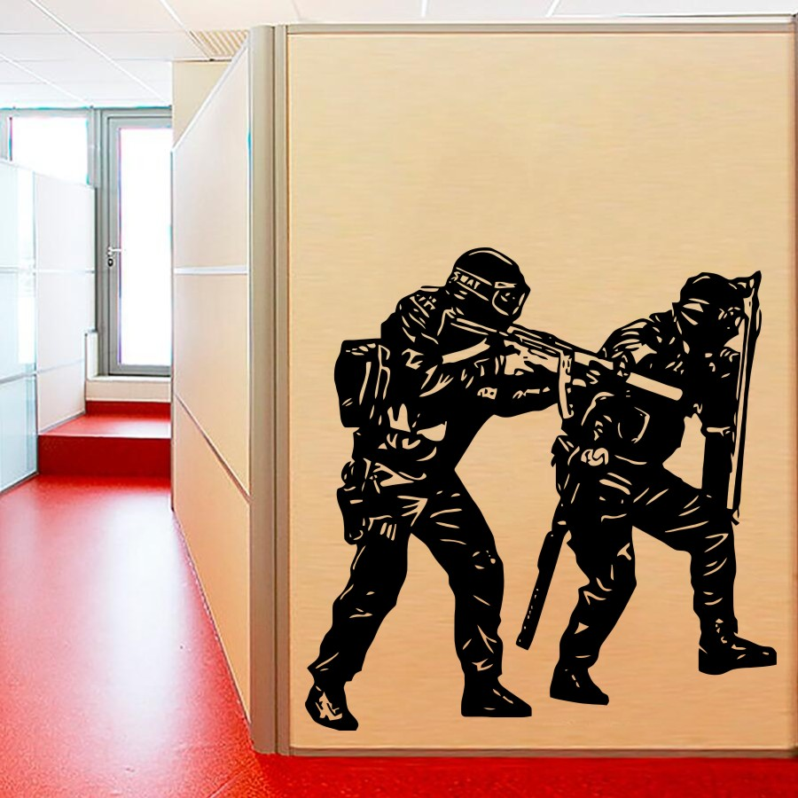 Home Living Room Art PVC Room Decoration etiqueta de la pared dos únicos policías soldados de vinilo tatuajes de pared Y-633