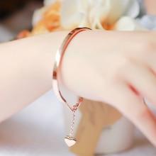 Лучшие качества 18kgp роуз titanium стали висит сердце браслет мода марка браслет для женщин бесплатная доставка (gb102)