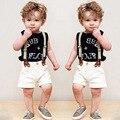 2016 Meninos roupas terno cavalheiro moda colete + calça 2 pcs T-shirt + calças jardineiras Harém das crianças roupa Dos Miúdos curto cruz Livre grátis