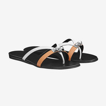 Newest Arrival Thong Sandals Ladies Luxury White/yellow Slippers Summer Flip Flops Metal Buckle Comfy Flats Femme Pantoufle