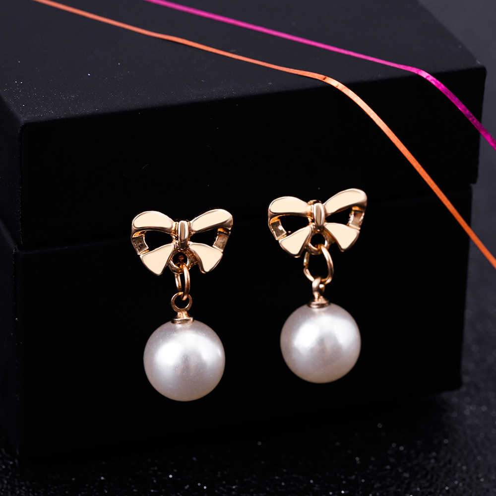 KISSWIFE 新 Shapeshift スタッドのイヤリングの弓真珠のイヤリングのアクセサリー真珠の弓の宝石類のギフト