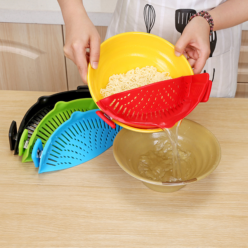 Kitchen Clip On Strainer Made Of Silicone And Stainless Steel Material For Draining Excess Liquid