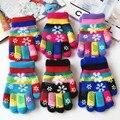 Otoño e invierno los niños espesan guantes de hilo térmico de punto boy y niñas de nieve de impresión de colores guantes de los niños guantes de invierno